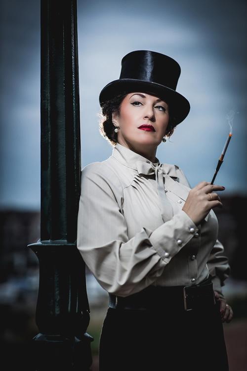 Suzanne Menheere zingt Marlene Dietrich - Foto Dennis Vloedmans